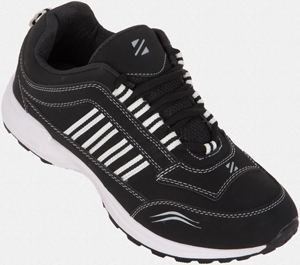 Upto 50% off on Footwear in ZOVI